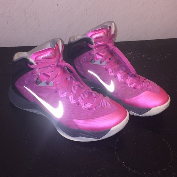 Cancer Breast Poshmark Nike ShoesHyperquickness Awareness oWrCQxdBe